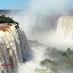 Wodospady Iquazu.