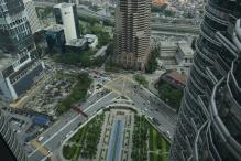 widok z budynku na park
