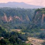 Bukittinggi- wulkany  i kanion