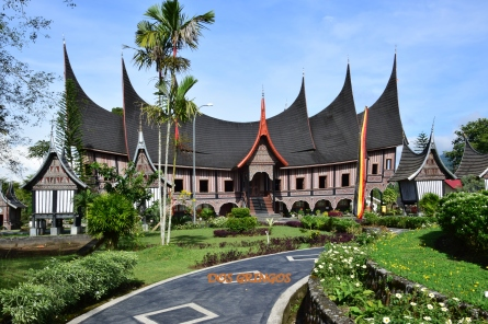 typowe domy Bukittinggi